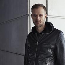 ADAM BEYER & PACO OSUNA: Burn Studios Residency Mix Off