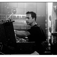 Analogen pres. Neel Hybrid/Live (Voices From The Lake, Spazio Disponibile)