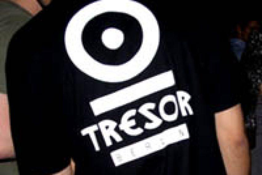 Eskulap >> TRESOR 55 – Stewart Walker