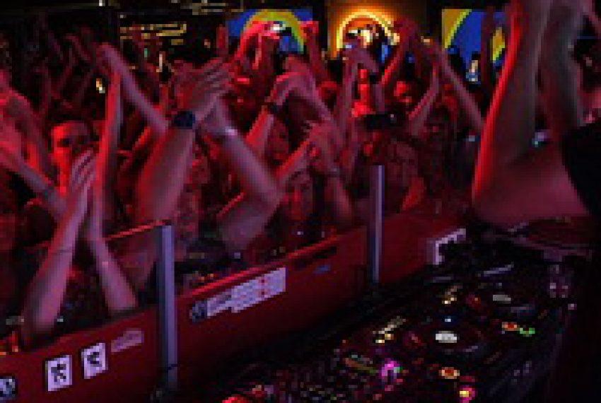 Groove Armada dj set @ SQ klub