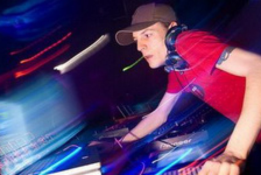 Deadmau5 @ Space Opening 2009 Ibiza