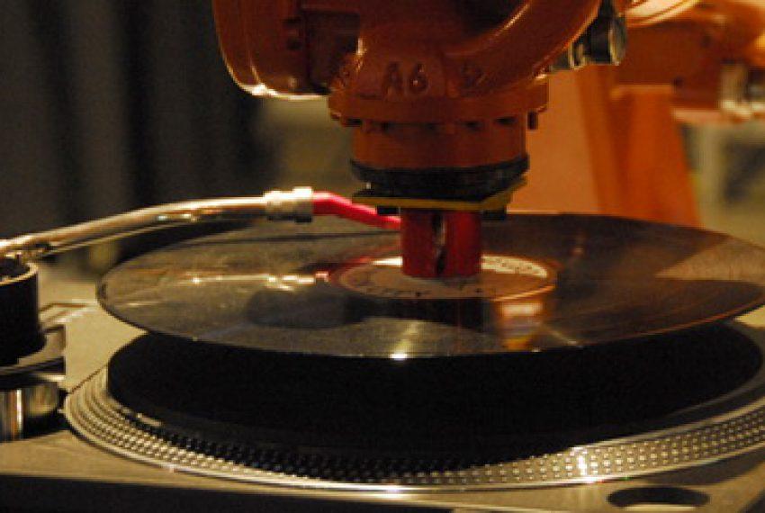 Elektronika i roboty w muzyce?
