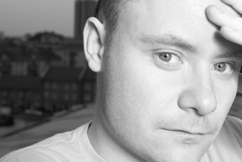 Artysta na weekend: Stu Hirst + wywiad