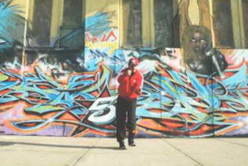 Calyx & TeeBee – Pure Gold feat. Kemo