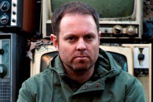 DJ Shadow wyrzucony zza konsolety!