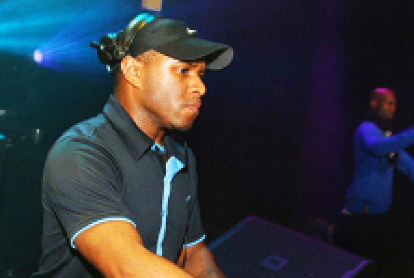 DJ EZ dostarcza 'Fabriclive 71'