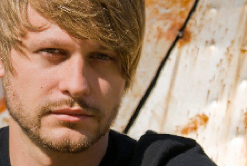 Mathias Kaden miksuje 'Watergate 14'