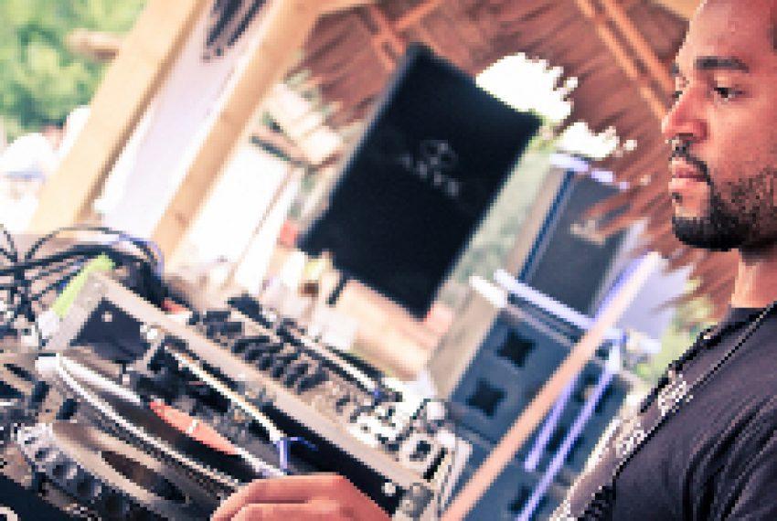 Ray Okpara przedstawia 'Mixology'