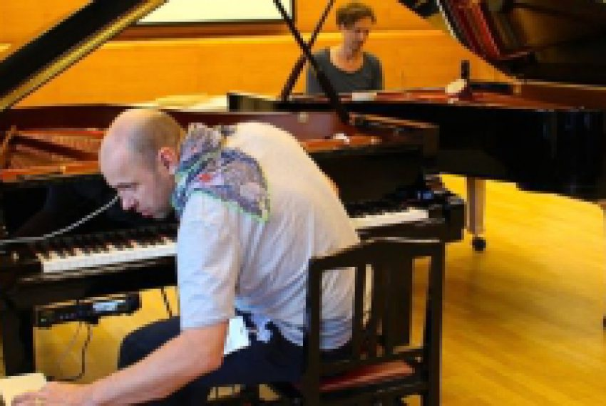 Henrik Schwarz programuje fortepian – ZOBACZ VIDEO
