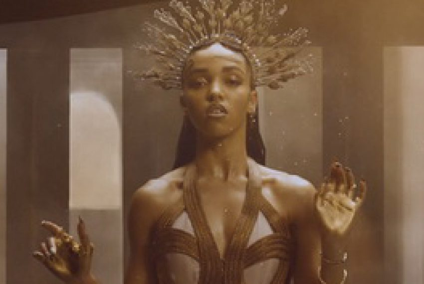 FKA twigs – Two Weeks