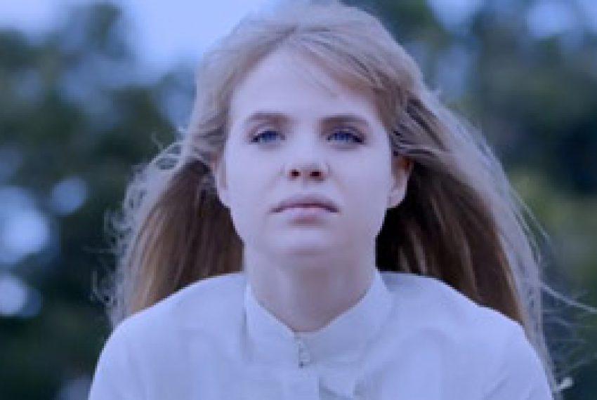 Ladyhawke – Blue Eyes (Jacques Renault Remix)