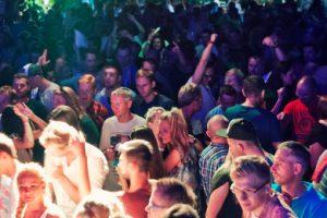 Nocne kluby walczą o lepszą Warszawę