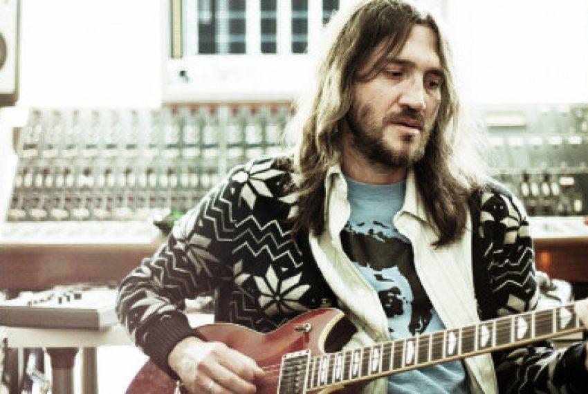 """Były gitarzysta """"Red Hotów"""" tworzy acid house"""