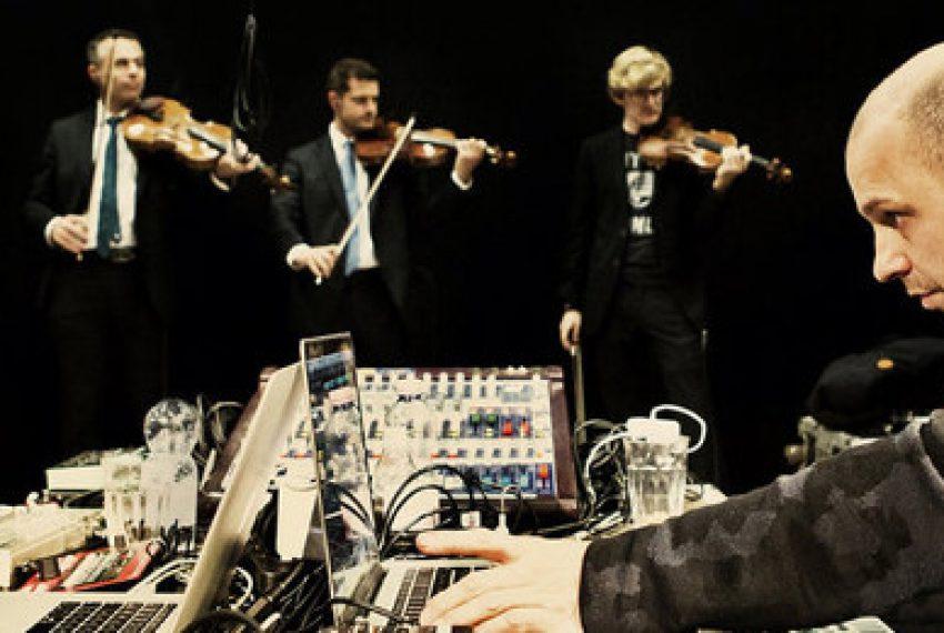 Henrik Schwarz instrumentalnie