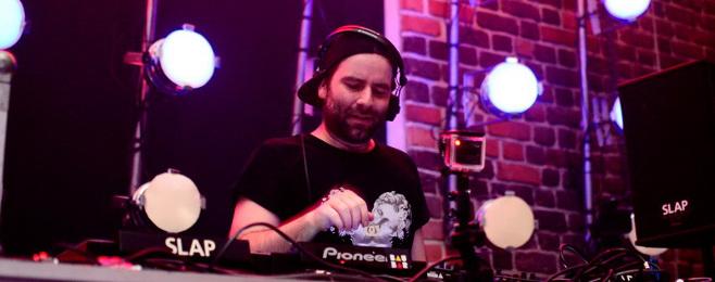 Ruede Hagelstein z solowym albumem POBIERZ MP3