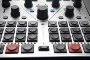 Zobacz kontroler zaprojektowany przez Magdę