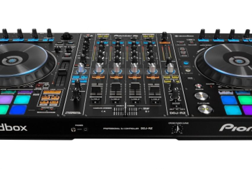 Nowy rekordbox zagrozi Traktor Pro i Serato DJ?