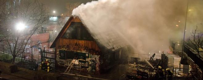 Legendarna miejscówka w Hamburgu stanęła w płomieniach