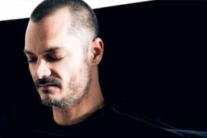 Lee Van Dowski zaskakuje albumem po 10-latach przerwy