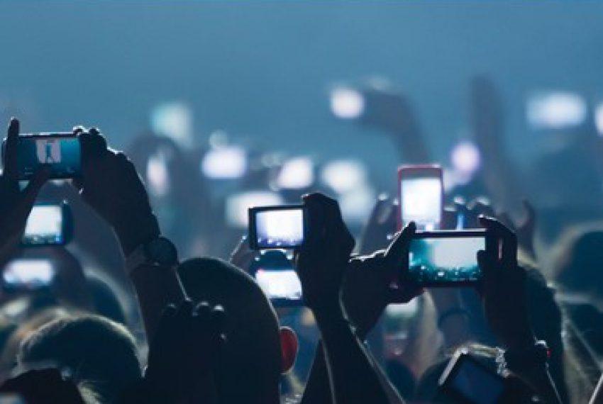 Nagrywasz koncerty smartfonem? Apple wie co zrobić, byś przestał