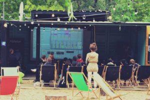 Sierpień w Letniej Szkole Produkcji Muzyki – HARMONOGRAM + KONKURS