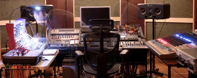 Zobacz niesamowite studio Jurka Przeździeckiego