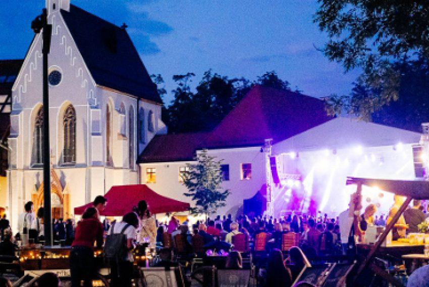 INTRO Festival: rozgrzewka!