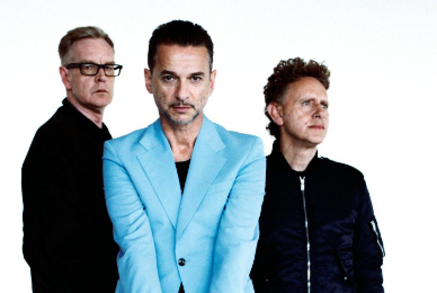 Zobacz video do Depeche Mode – 'Cover Me'