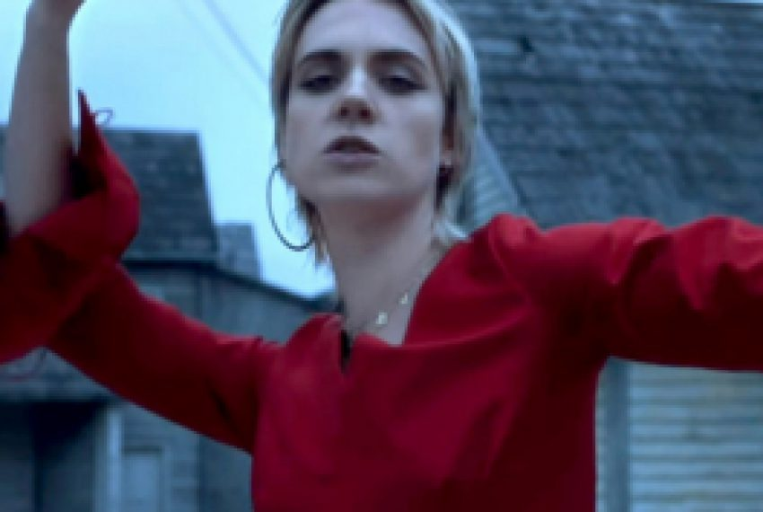 MØ – When I Was Young