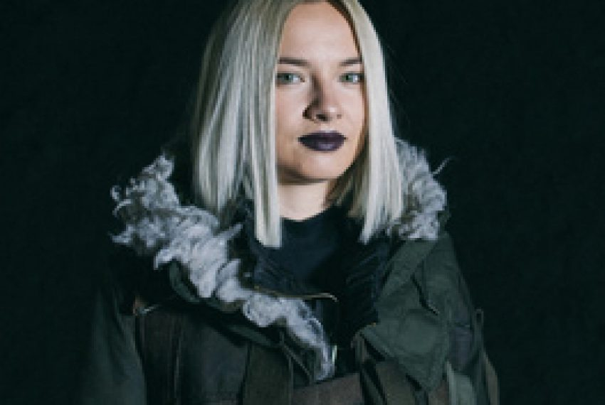 Natalia Nykiel – Total Blekit