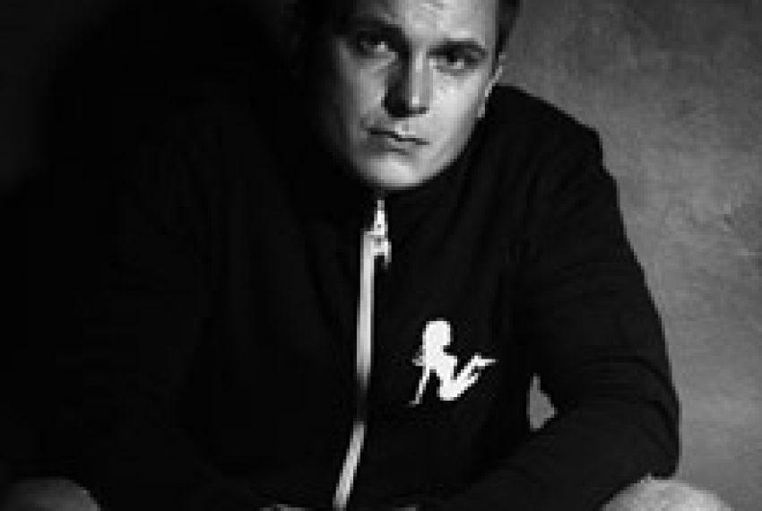 Tobias Manou