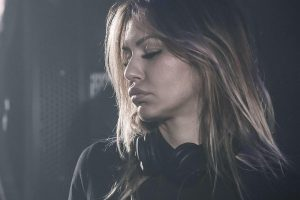 Deborah de Luca odwołała występ na Sunrise Festival