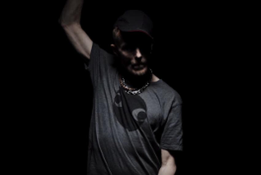 Anja Schneider – Sanctuary feat. Stereo MC's