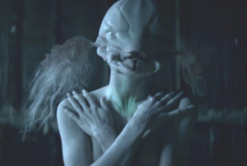 Die Antwoord feat. The Black Goat – Alien