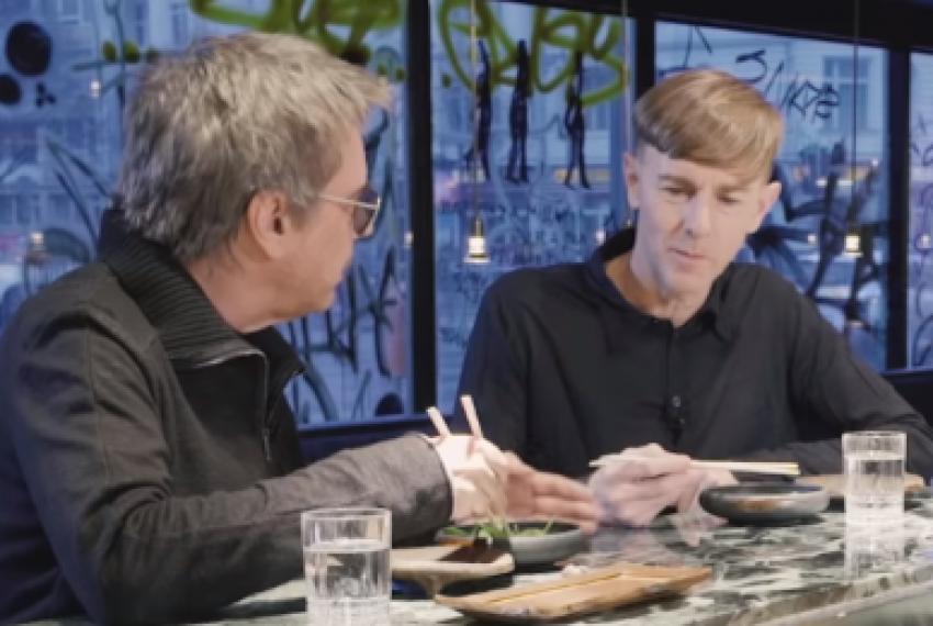 """Jean-Michel Jarre i Richie Hawtin poszli na """"randkę w ciemno' VIDEO"""