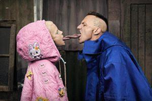 Die Antwoord usuwani z festiwali za atak na członka Hercules & Love Affair