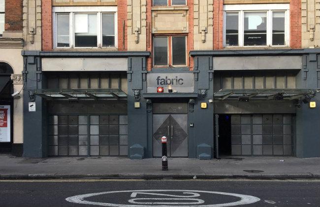 sylwester w londynie - fabric