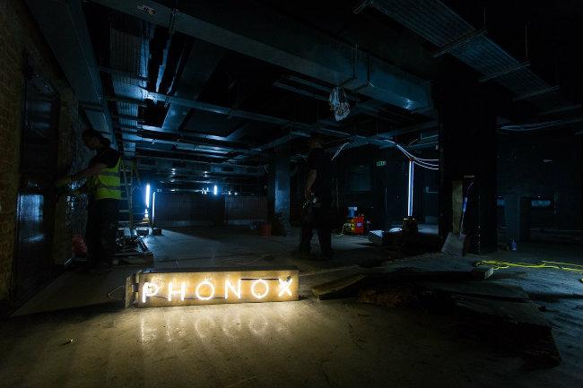 sylwester w Londynie - phonox