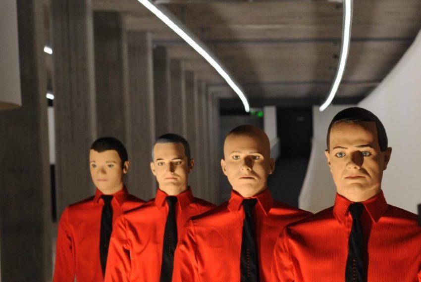 Kraftwerk – giganci elektroniki świętują 50 lat na scenie