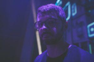 Tom Palash z nową płytą: Nie dopasowując się do trendów- wywiad