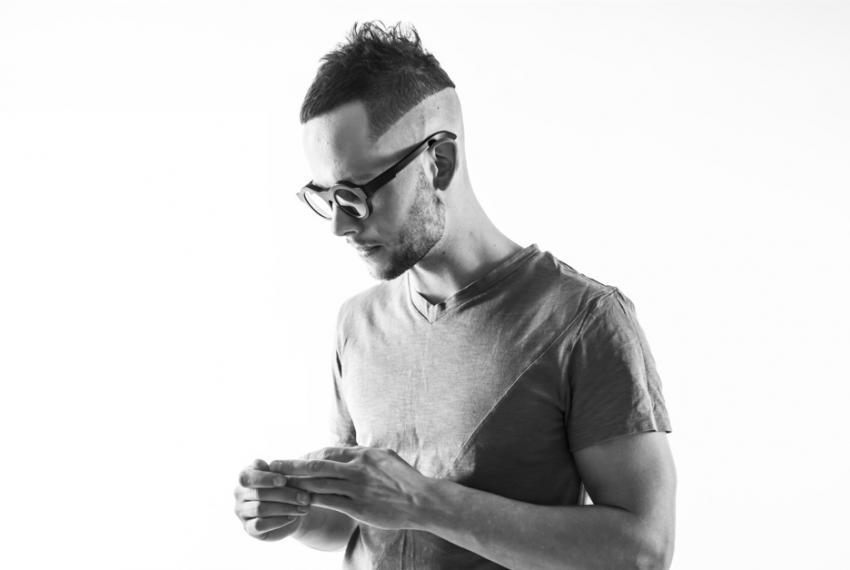 Deas wydaje w wytwórni Marco Baileya. Słuchamy nowej EPki