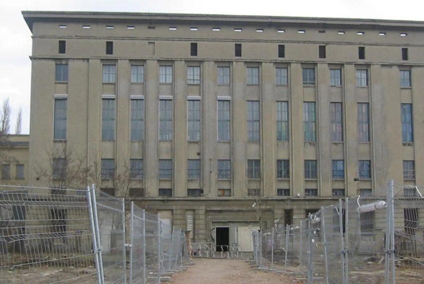 Berlińskie kluby z rządową pomocą
