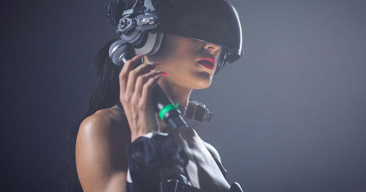 Arca ogłasza nowy album i udostępnia demoniczny teledysk