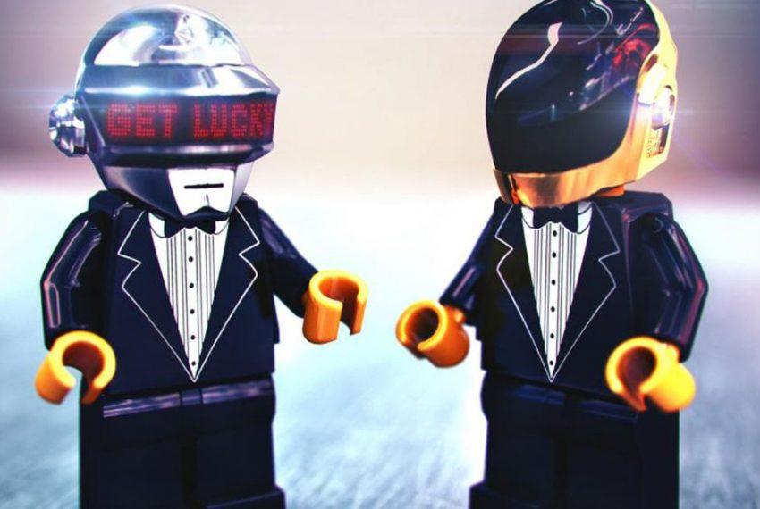 Daft Punk i ich słynna piramida w wersji z klocków Lego