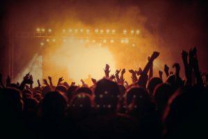 Przychody branży muzycznej w UE spadły w skutek pandemii koronawirusa o 76 procent