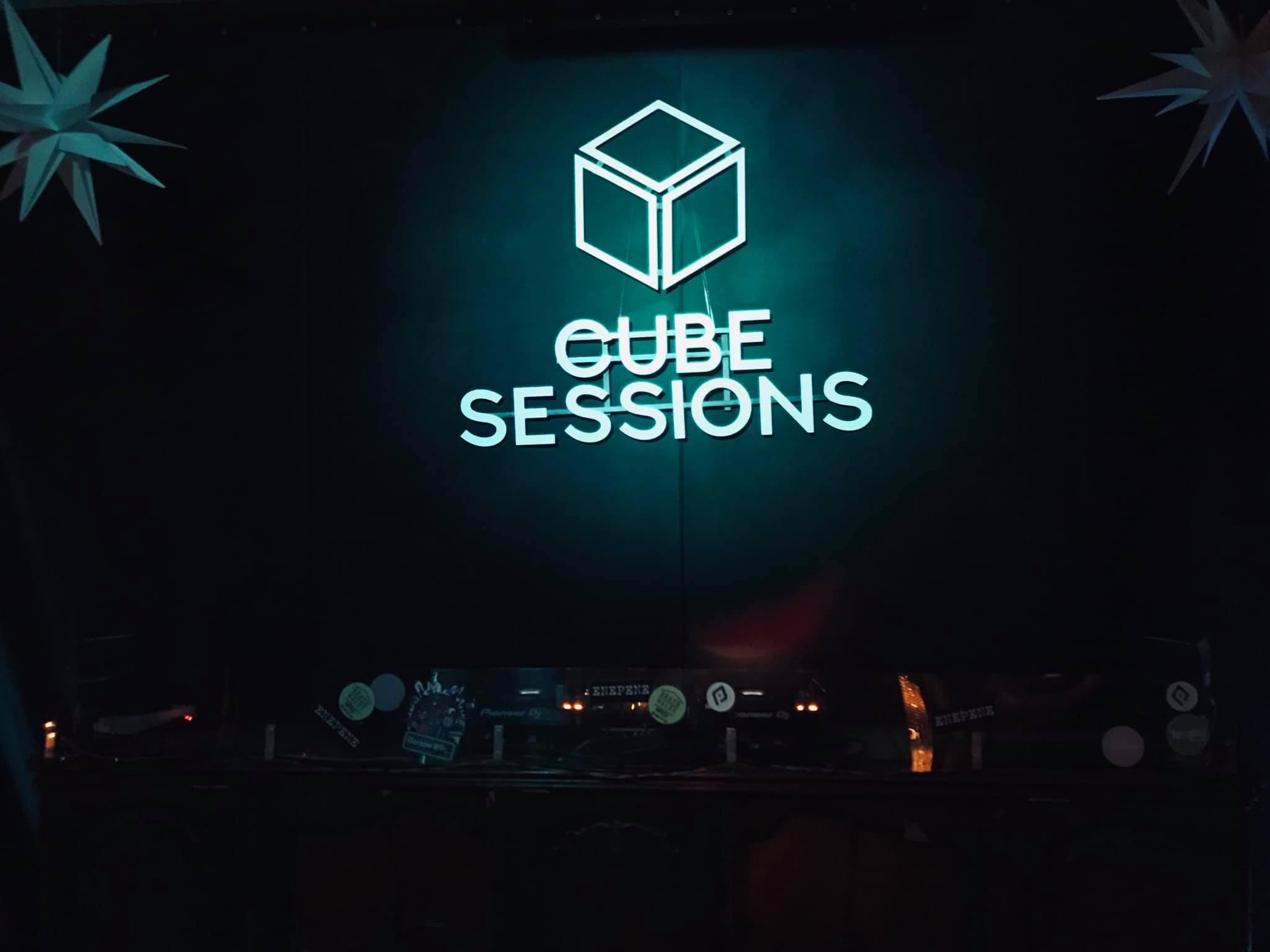 MixcoolTURA Cube Sessions