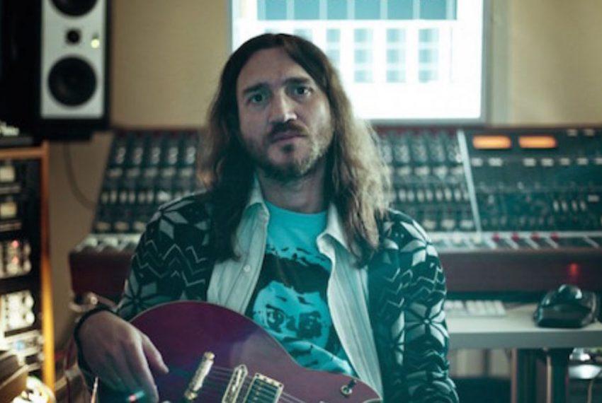 John Frusciante prezentuje nowy teledysk