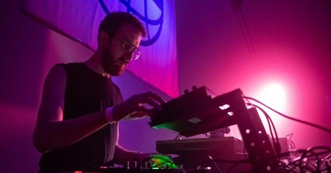 """Marek Nalikowski i Behind The Stage zapowiadają najnowsze EP """"Hack The Fear"""""""