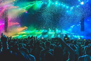 Przychody branży muzycznej w UE spadły o 76 procent
