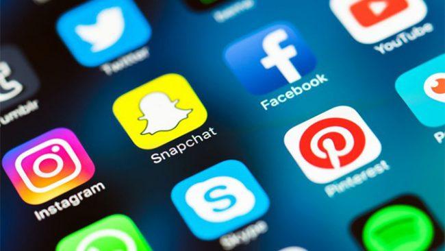 Facebook, Instagram, Snapchat